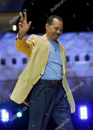 Charlie Sanders Charlie Sanders is introduced before the inaugural Pro Football Hall of Fame Fan Fest, at the International Exposition Center in Cleveland