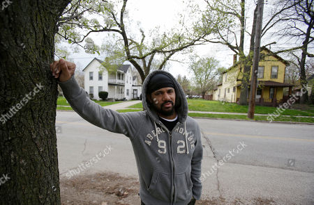 Manuel Walker Manuel Walker stands near the home, left, where his mother once lived in Cleveland. Gloria Walker went missing in 2007. What hasn't changed since the stunning discovery of the three women held captive by Ariel Castro is that others are still missing from the same streets. The list of missing people in Cleveland makes up about one out of every 10 cases in the entire state