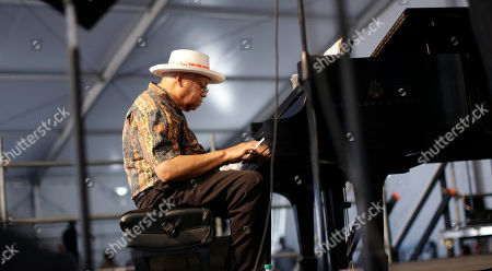 Ellis Marsalis Ellis Marsalis, father and musical teacher of his sons, artists Wynton Marsalis, Branford Marsalis, Jason Marsalis and Delfeayo Marsalis, performs at the New Orleans Jazz and Heritage Festival in New Orleans