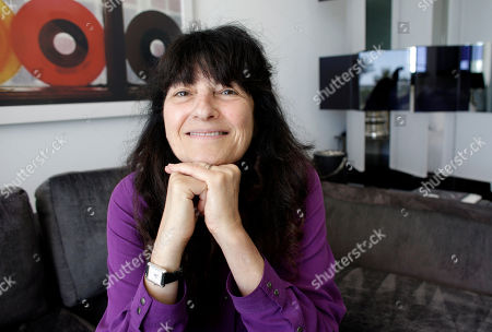 "Ruth Reichl Ruth Reichl, the former editor-in-chief of Gourmet magazine, poses for a photograph in Miami Beach, Fla. In the book ""My Kitchen Year,"" Reichl writes of the months after the publication was shut down after nearly 70 years"