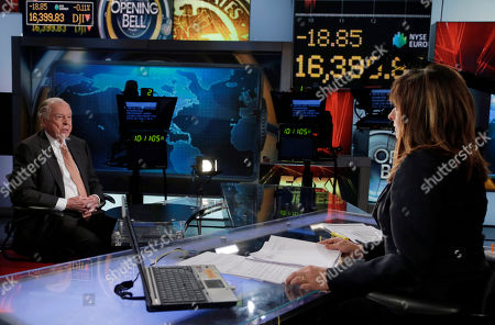 """T. Boone Pickens, Maria Bartiromo BP Capital founder, Chairman and CEO T. Boone Pickens is interviewed by Maria Bartiromo on her """"Opening Bell with Maria Bartiromo"""" program, on the Fox Business Network, in New York"""