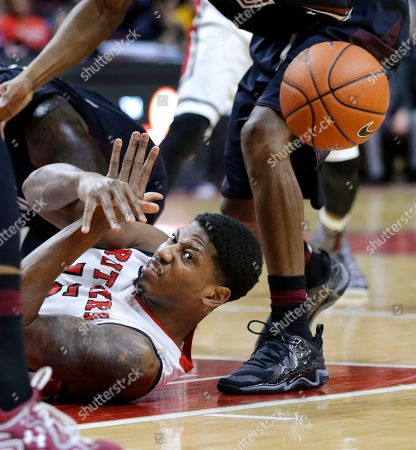 Craig Brown Rutgers guard Craig Brown (15) makes a pass from the floor during the second half of an NCAA college basketball game against Temple in Piscataway, N.J., . Rutgers won 71-66