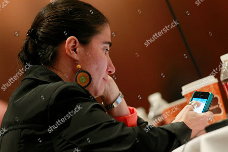 Yoani Sanchez Yoani Sanchez, a dissident blogger from Havana, Cuba, talks about the difficulties of practicing her brand of news gathering during a session at the 69th Annual General Assembly of the Inter American Press Association in a hotel in downtown Denver on