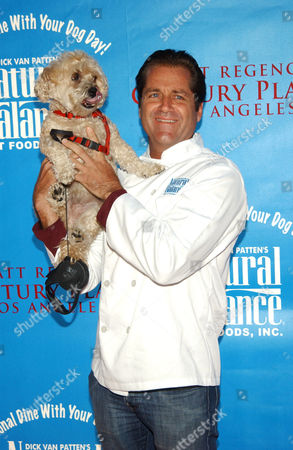 Editorial picture of 'Dine With Your Dog Day', Century City, America  - 19 Oct 2006