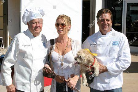 Stock Picture of Dick Van Patten with Nicolette Sheridan and Jimmy Van Patten