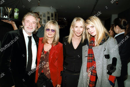 Leigh Lawson with Twiggy, Trudie Styler and Katie Sumner