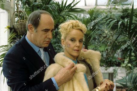 'Boon' - David Daker and Georgina Hale - 1987