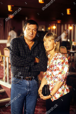 Michael Elphick and Tessa Wyatt in 'Boon' - 1988