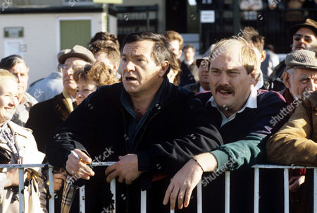 Michael Elphick and Dicken Ashworth in 'Boon' - 1988