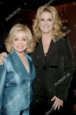 Barbara Mandrell and Trisha Yearwood