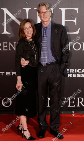 Screenwriter David Koepp and his wife Melissa Thomas arrive at the premiere of the movie 'Inferno', based on a novel by Dan Brown, at the opera house in Florence, Italy
