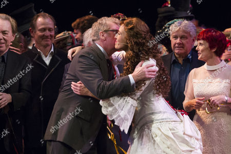Michael Crawford and Celinde Schoenmaker (Christine Daae) during the curtain call