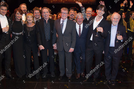 Gardar Thor Cortes (The Phantom of the Opera), Sierra Boggess (Christine Daae), Gillian Lynne (Choreographer), Michael Ball (Raoul), Sir Andrew Lloyd Webber (Music), Michael Crawford, Cameron Mackintosh (Producer), Charles Hart (Lyrics) and Richard Stilgoe (Author/Additional Lyrics) backstage