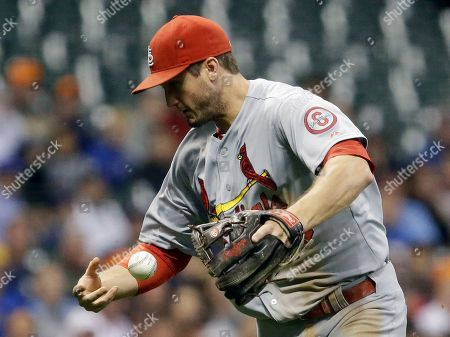 David Freese St. Louis Cardinals' David Freese can't handle a ball hit by Milwaukee Brewers' Martin Maldonado during the second inning of a baseball game, in Milwaukee