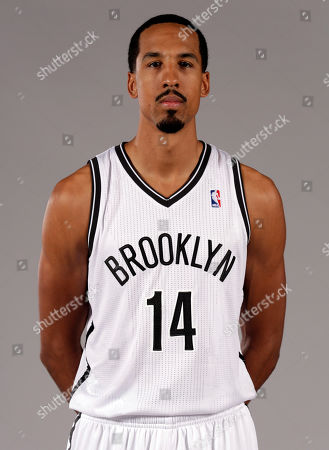 Shaun Livingston Shows Shaun Livingston posing for photos during the Brooklyn Nets media day, at the Barclay's Center, in New York