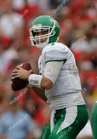 Derek Thompson North Texas quarterback Derek Thompson (7) throws a pass in the first half of an NCAA college football game after the game in Athens, Ga