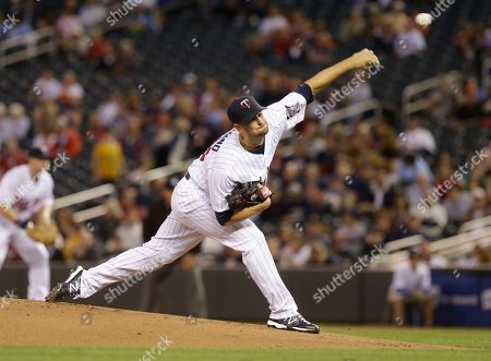 Scott Diamond Minnesota Twins pitcher Scott Diamond throws against the Detroit Tigers in the first inning of a baseball game, in Minneapolis. AP Photo/Jim Mone
