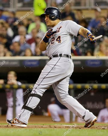Miguel Cabrera Detroit Tigers' Miguel Cabrera breaks his bat as he grounds out on a pitch from Minnesota Twins pitcher Scott Diamond in the first inning of a baseball game, in Minneapolis