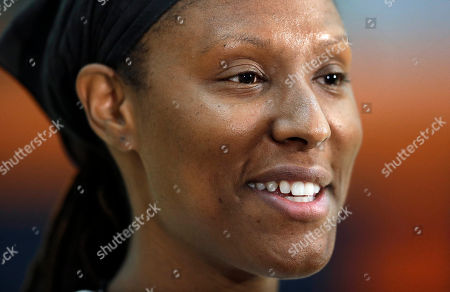 """Chamique Holdsclaw Former WNBA star and Olympic gold medalist Chamique Holdsclaw answers questions during a youth basketball clinic, in Hendersonville, Tenn. Holdsclaw said she's getting her life back in order after a few months that felt like a """"mental prison"""" after an arrest last November"""