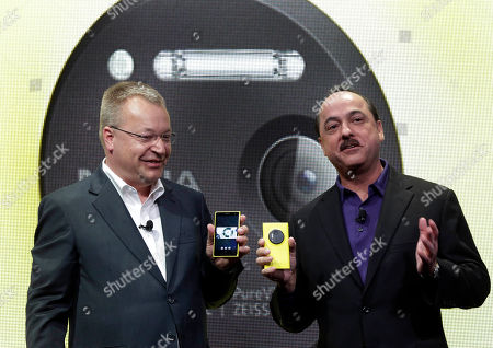 Nokia Lumia 1020, Stephen Elop, Ralph de la Vega Nokia CEO Stephen Elop, left, and AT&T Mobility CEO Ralph de la Vega talk about the Nokia Lumia 1020 during its introduction, in New York, . The Nokia Lumia 1020, with a 41-megapixel camera, records more detail than other camera phones and even tops point-and-shoot cameras