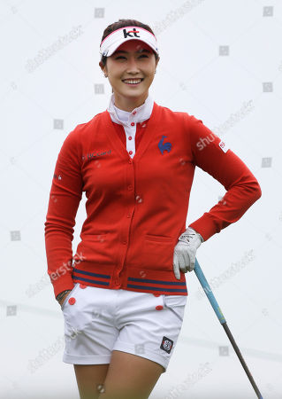 Ha-Neul Kim Ha-Neul Kim of South Korea smiles before teeing off on the first hole during the second round at the U.S. Women's Open golf tournament at Sebonack Golf Club in Southampton, N.Y