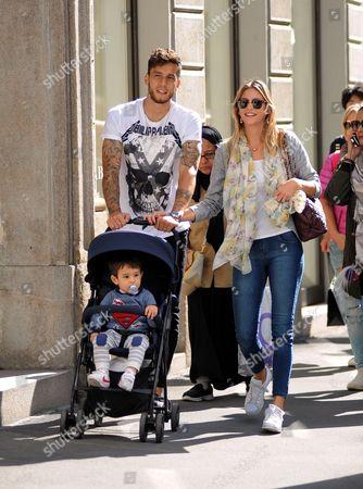 Ricky Alvarez and family