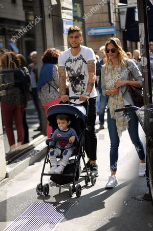 Stock Picture of Ricky Alvarez and family