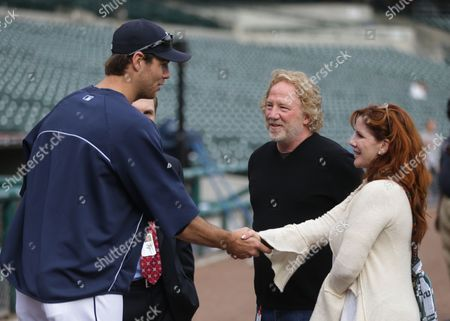 Timothy Busfield, Melissa Gilbert, Doug Fister Detroit Tigers pitcher Doug Fister meets actors Timothy Busfield and his wife Melissa Gilbert before the start of a baseball game against the Cleveland Indians in Detroit