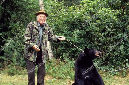 Stock Image of Lionel Jeffries in 'Woof' - 1993