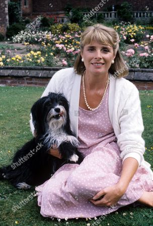 Jan Harvey and Pippin in 'Woof' - 1993