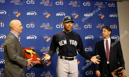 Salvatore Cassano, Mariano Rivera, Jeff Wilpon New York Yankees relief pitcher Mariano Rivera, center, gestures before New York City Fire Commisioner Salvatore Cassano, left, presented him with a fire call box and New York Mets Chief Operating Officer Jeff Wilpon presented him with the gifts before an interleague baseball game against the New York Mets at Citi Field in New York