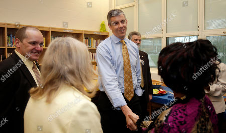 Arne Duncan, Eric Gordon U.S. Education Secretary Arne Duncan greets teachers at Anton Grdina Elementary School, in Cleveland. Duncan was in Cleveland to moderate a panel discussion on the city's education reform plan. Eric Gordon, CEO of Cleveland Metropolitan School District, is on the left