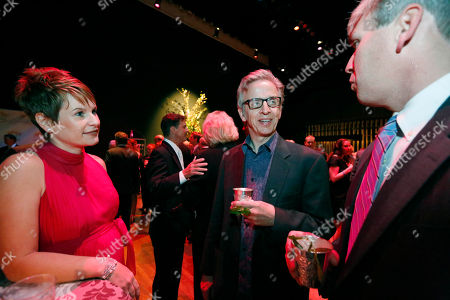 Robert Joy Graph CSI: NY cast member Robert Joy, center, speaks with dinner guests at a gala marking the 10th anniversary of Hope Village for Children, a residential group home for abused and neglected children, founded by fellow cast member Sela Ward in her hometown of Meridian, Miss