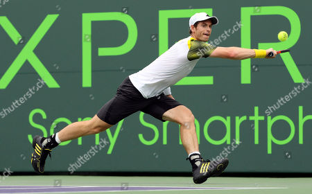 Andy Murray, Grigor Dimitrov Andy Murray, from Great Britain, returns the ball to Grigor Dimitrov, of Bulgaria, during the Sony Open Tennis tournament in Key Biscayne, Fla