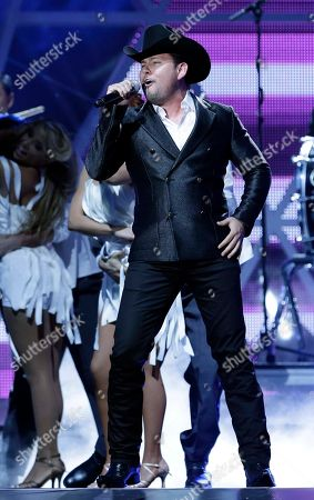 Roberto Tapia Singer Roberto Tapia performs at the Latin Billboard Awards in Coral Gables, Fla