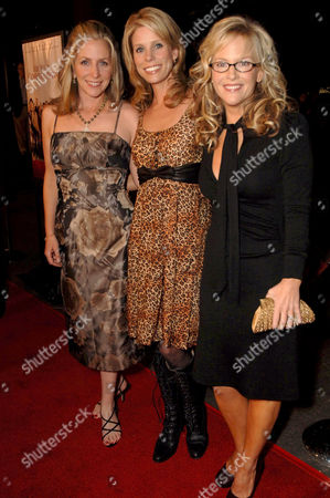 Carrie Aizley, Cheryl Hines and Rachael Harris