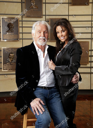 Kenny Rogers, Wanda Rogers Kenny Rogers and his wife, Wanda, pose in the Country Music Hall of Fame, in Nashville, Tenn. Rogers will be inducted into the Hall of Fame along with Bobby Bare and Jack Clement