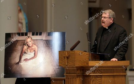 Edward Steiner Rev. Edward Steiner speaks during a memorial service for country singer Mindy McCready, in Nashville, Tenn. McCready committed suicide Feb. 17 in Heber Springs, Ark