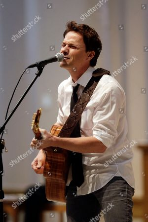Bryan White Bryan White performs during a memorial service for country singer Mindy McCready, in Nashville, Tenn. McCready committed suicide Feb. 17 in Heber Springs, Ark