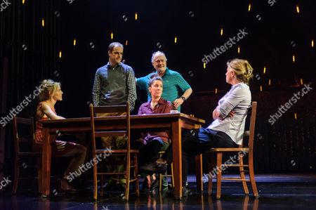 Kirsty Oswald (Rosie Price), Matthew Barker (Mark Price), Natalie Casey (Pip Price), Ewan Stewart (Bob Price), Imogen Stubbs (Fran Price)