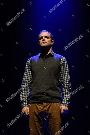 Matthew Barker (Mark Price)