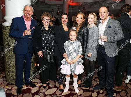 Anya McKenna-Bruce with family