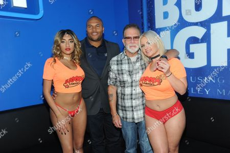 Antonio Pierce, Ronnie the Limo Driver and Hoops Cabaret Girls