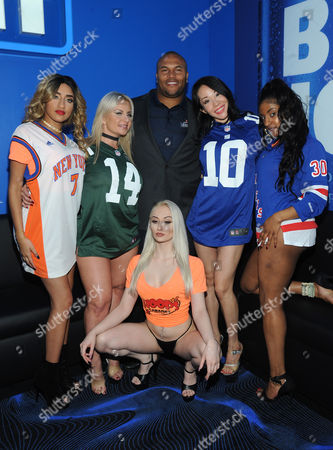 Editorial picture of Former Giants Star Antonio Pierce at Grand Opening of Hoops, New York, USA - 06 Oct 2016
