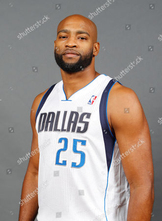 Vince Carter Dallas Mavericks guard Vince Carter (25) poses for photo during the team's media day, in Dallas