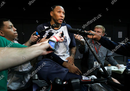 Shawn Marion Dallas Mavericks' Shawn Marion addresses reporters following a team practice, in Dallas. The Mavericks suspended Delonte West Thursday, for unspecified conduct detrimental to the team, his second such ban in the past 10 days