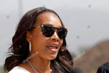 Vivica Fox Vivica Fox arrives at the Michael Clarke Duncan Memorial Service at Forest Lawn Memorial-Park and Mortuaries in the Hollywood Hills section of Los Angeles