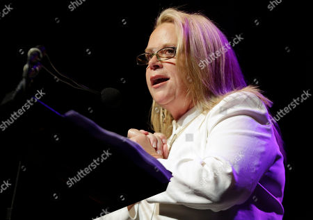 Mary Chapin Carpenter Mary Chapin Carpenter speaks during her induction into the Nashville Songwriters Hall of Fame, in Nashville, Tenn