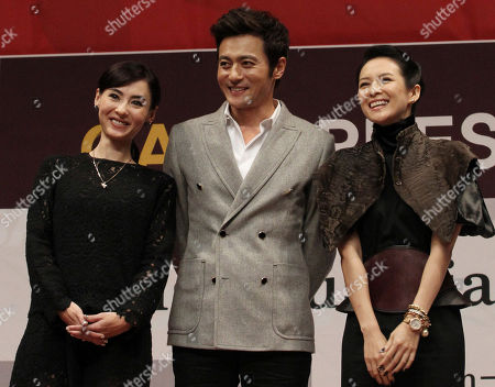 "Cecilia Cheung, Jang Dong-gun, Zhang Ziyi From left, Hong Kong actress Cecilia Cheung, South Korean actor Jang Dong-gun and Chinese actress Zhang Ziyi, pose during a press conference to promote their movie ""Dangerous Liasons"" at Haneulyeon Theater during the Busan International Film Festival in Busan, South Korea"