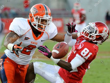 Larry McDuffey, DeShawn Grayson Houston wide receiver Larry McDuffey (81) cannot make the catch as UTEP defensive back DeShawn Grayson (2) reaches for the ball in the second half of an NCAA college football game, in Houston. Houston won 45-35